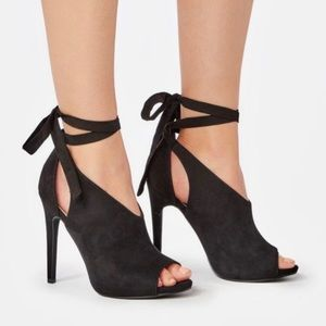 New in box Amalia Heeled Sandal from Just Fab 7.5
